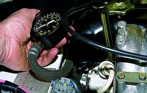 Проверка давления в топливной системе двигателя