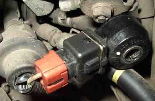 Замена датчика детонации на Nissan Cefiro/Maxima A32