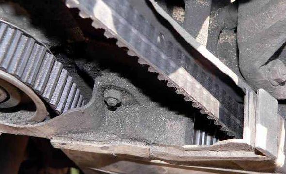 Замена ремня ГРМ на Фольксваген Пассат В3 с двигателем 9А