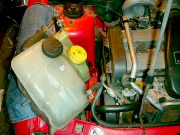 Замена ремня ГРМ на Ford Escort с двигателем Zetec 1.6 л. 16v DOHC L1E
