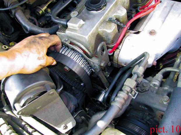 Замена ремня ГРМ на Mazda с двигателем 2.2 л. (F2)