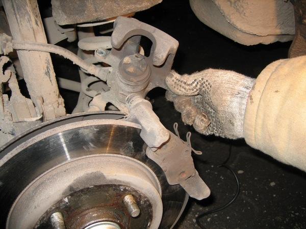 Замена тормозных дисков и колодок форд фокус 2