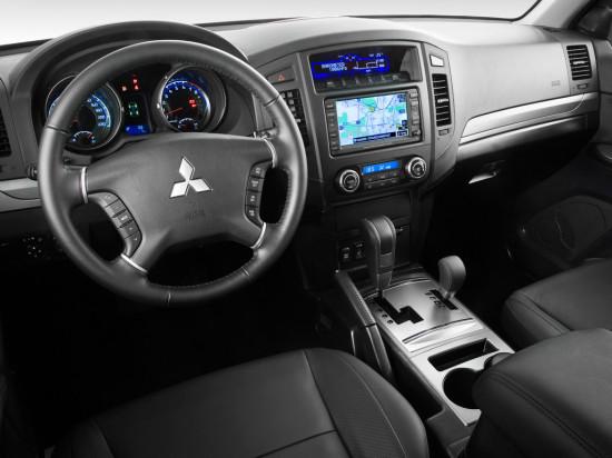 Mitsubishi Pajero IV поколения