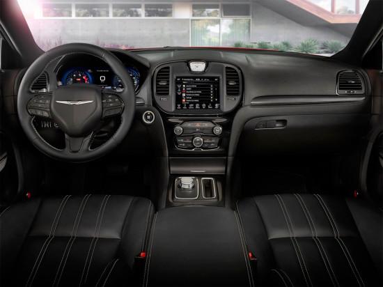 Спортивный седан  Chrysler 300S